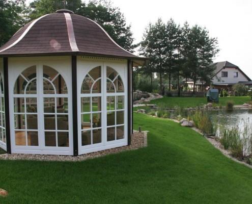 Pavvilion im Naturgarten