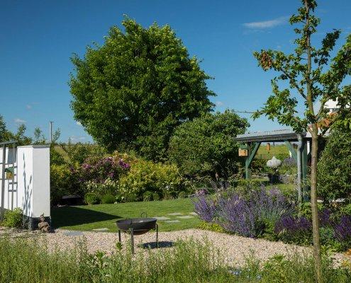 ein naturnaher Garten